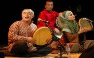Alim Qasımov İrana gedir