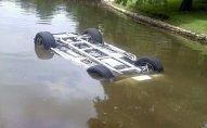 Şəmkirdə maşın kanala aşdı, sürücü öldü